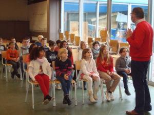 Les élèves de P3 et P4 vont voir saint Nicolas